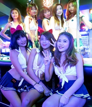Pattaya-girls-in-Windmill